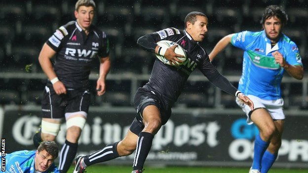 Wing Eli Walker scores a memorable opening try for the Ospreys against Treviso as the 2012/13 Heineken Cup gets underway