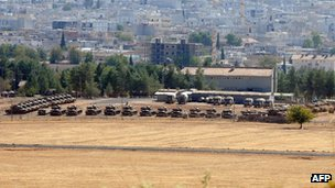 Tanks in Sanliurfa province 12 Oct 2012