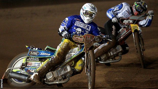 Jason Doyle riding for Poole Pirates