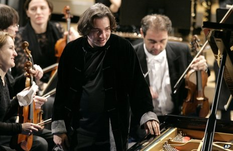 Turkish pianist Fazil Say performing in Davos, Switzerland, 31 January 2009