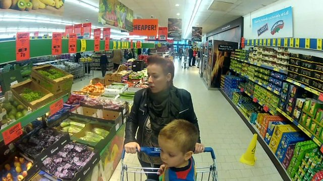 Lidl shoppers