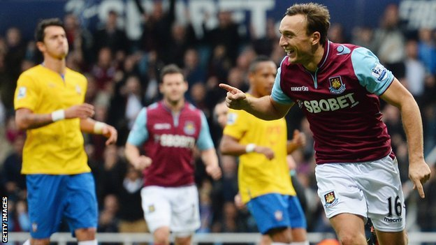 Mark Noble celebrates
