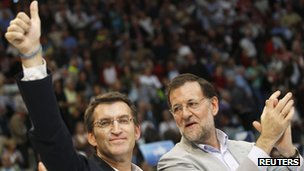 Galician President Alberto Nunez Feijo (left) and Spanish Prime Minister Mariano Rajoy, 6 October 2012