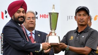 Wiratchant (right) lifts the Indian Open title in Bengaluru