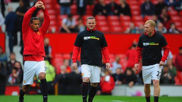 Manchester United&#039;s Rio Ferdinand, Wayne Rooney and Paul Scholes