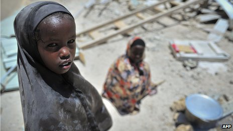 A girl in Mogadishu (21 October 2012)