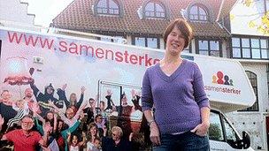 Benedikte Van Eeghem with Samen Sterker campaign van