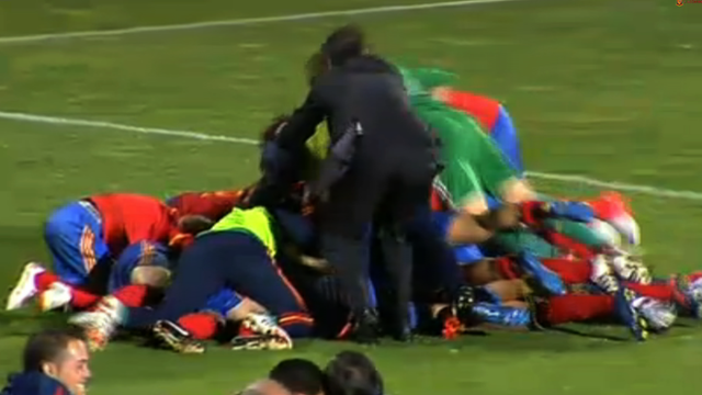 Spain&#039;s Women&#039;s national team celebrate beating Scotland