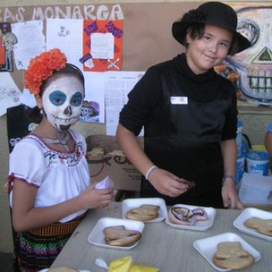 Centro Educativo Monarca pupils enjoying festival food!
