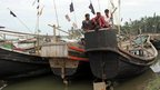 Refugees arriving on boat at Thae Chaung refugees camp in Sittwe - 28 October