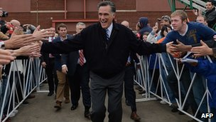 US Republican Presidential candidate Mitt Romney greets supporters at a rally in Celina, Ohio, 28 October 2012