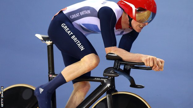 Ed Clancy in Olympic action