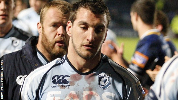 Wales captain Sam Warburton leaves the field following Cardiff Blues' defeat to Leinster