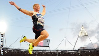 Greg Rutherford jumps to Olympic gold