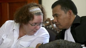 Lindsay Sandiford talks to her Indonesian lawyer Ersa Karo Karo in court during her trial in Denpasar, Bali, Indonesia