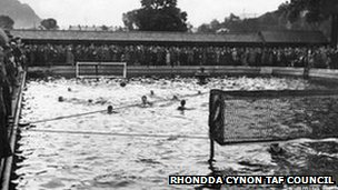 An old picture of the lido