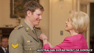 Governor-General Quentin Bryce presents Corp Keighran with his Victoria Cross on 1 November 2012