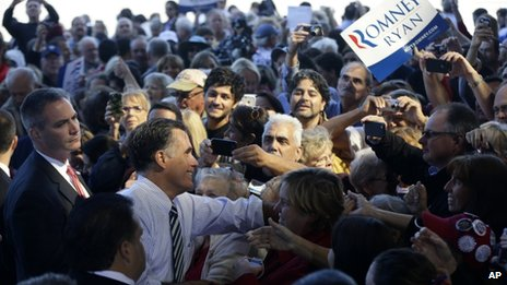 Mitt Romney meets supporters in Tampa, Florida. Photo: 31 October 2012