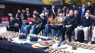 International chefs watch demonstration of Korean cooking