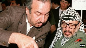Abu Jihad, left, with Yasser Arafat in Algiers, 1987