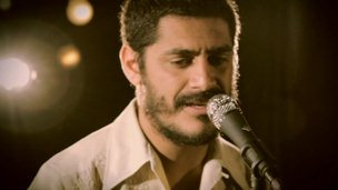 "Criolo's ""Nó na Orelha"" was one of the most successful Brazilian albums of 2011."