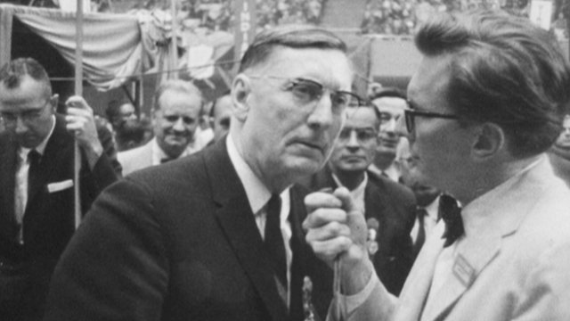 Robin Day conducting an interview at 1960 DNC