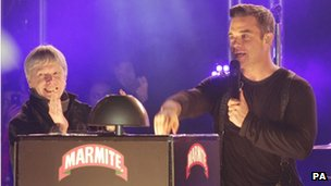 Robbie Williams turns on the Christmas Lights on Oxford Street