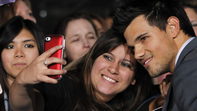 Taylor Lautner and fans