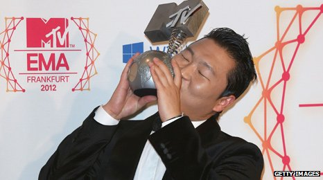 on Cultural Honour Psy Won Best Video For Gangnam Style At The Mtv Europe