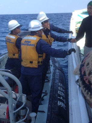 Japanese coastguards close to the Senkaku/Diaoyu Islands