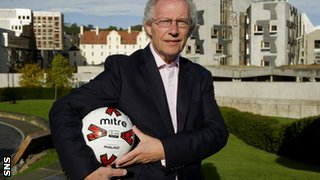 Former First Minister Henry McLeish proposed a pyramid structure in 2010