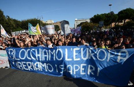 Protesters in Rome, 14 November