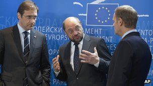 European Parliament President Martin Schulz (centre) with two EU prime ministers, 13 Nov 12