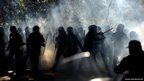 Police clash with protesters in Rome, Italy