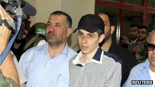Ahmed al-Jabari (right) and Gilad Shalit, 18 October 2011
