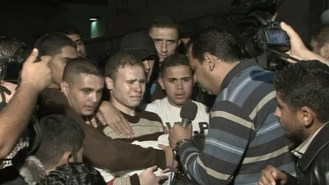 Jihad Misharawi talking to BBC Arabic reporter