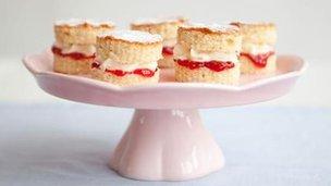 Mini Victoria sandwiches