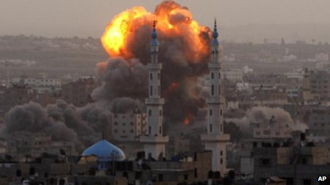 Israeli rocket explodes in Gaza city