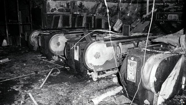 Photo dated 19/11/87 The top of the fire-damaged escalators at Kings Cross underground station in London. 