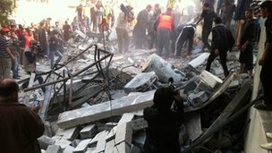 Rubble of house of Hamas man in Gaza City (18 Nov 2012)