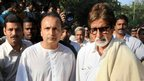 Industrialist Anil Ambani (L) and Bollywood actor Amitabh Bachchan attend Bal Thackeray's funeral, Mumbai (18 Nov)