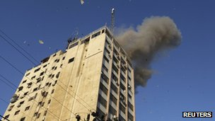 Hamas tv channel al-Aqsa TV attacked in Gaza City (18 Nov 2012)