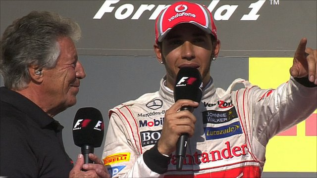 Mario Andretti talks to Lewis Hamilton