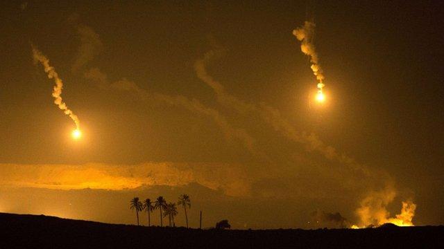 Israeli artillery flares