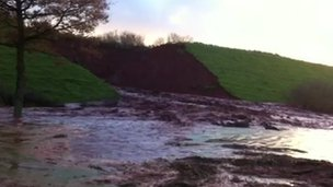Grand Western Canal breaches its banks near Tiverton