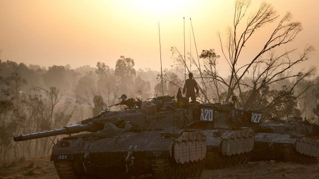 Tank on Gaza-Israel border