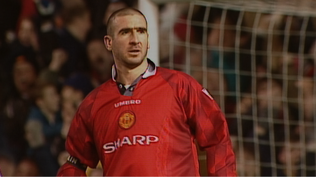 Eric Cantona scores for Manchester United against Sunderland