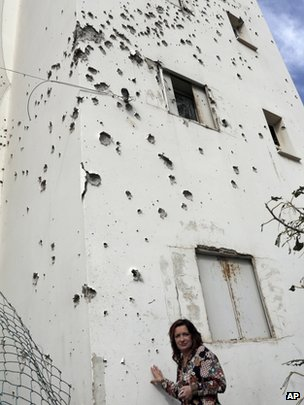 Building in Ashkelon damaged by Palestinian rocket (file photo