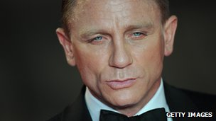 Revenue from Skyfall starring Daniel Craig boosted Pinewood&#039;s profit