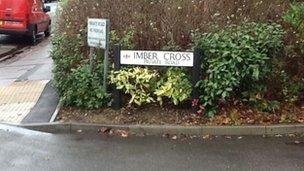 Imber Cross, Thames Ditton
